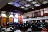 Ini tiga nota pengantar Ranperda diajukan  gubernur ke DPRD Sumbar