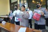 Polisi tangkap pelaku pembunuh pemilik toko plastik di tusuk 11 kali