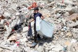 Serangan udara Israel sebabkan anak-anak di Gaza alami trauma