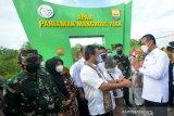 Menteri Kelautan Dan Perikanan Resmikan Mangrove Pariaman