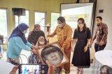 Gubernur Lampung beri semangat dan sambangi anak penyandang disabilitas Kota Metro