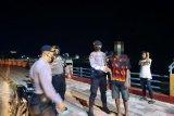 Patroli Polres Sumbawa amankan remaja bawa clurit di Taman Lembi