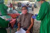 Sebanyak 200 lansia dan pelaku ekonomi di Gunung Kidul divaksin