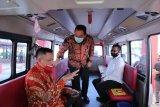 Penumpang bus Trans Semarang bayar tiket pakai botol plastik