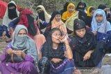 Imigran Rohingya Terdampar Di Aceh Timur