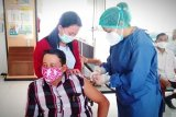 Tokoh adat di Gumas mengaku tenang beraktivitas usai ikuti vaksinasi COVID-19