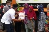 ACT dan Ketua Komisi II DPRD Lampung bagikan 6 ton beras di Lampung Selatan