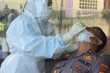 Untuk antisipasi penyebaran COVID-19, semua personil Polres Pasbar telah jalani tes usap dan vaksin (Video)