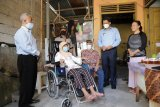 Sleman bantu kursi roda untuk suami-istri sakit kronis