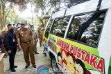 Bupati Lampung Tengah luncurkan Mobil Pintar Limbah Pustaka