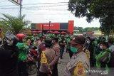 Polisi bubarkan kerumunan promo