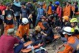Pendaki asal Makassar ditemukan dalam keadaan lemas setelah empat hari pencarian