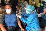 Pemprov DKI boleh gelar vaksinasi COVID-19 tahap III untuk warga 18 tahun ke atas
