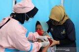 Penyandang disabilitas Balai Besar Kartini disuntik  vaksin COVID-19