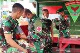 Prajurit Satgas TNI di perbatasan RI-PNG disuntik vaksin COVID-19