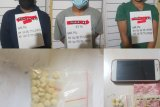 Transaksi pil ekstasi, tiga orang ditangkap polisi