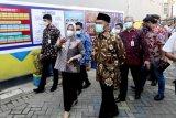 Menko PMK mengapresiasi upaya Pemkot Makassar tekan laju COVID-19