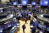 Wall Street bersusah payah tambah keuntungan menutup pekan yang lesu