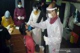 Tim gabungan razia dan tes antigen di Pasar Ikan Nusukan