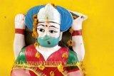 Penduduk desa di India berdoa kepada