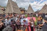 Menparekraf promosikan kompleks rumah adat Uma Lengge di Bima