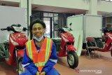 Kelumpuhan tak halangi Rana membuat motor khusus difabel