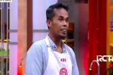 Sajikan roti isi telur dadar plus pisang, Suhaidi membuat juri Masterchef terpingkal
