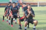 Pemain Madura United diimbau taati prokes selama latihan mandiri