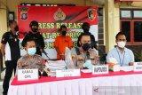 Gelapkan ADD dan DD,  mantan  kades di Mura ditangkap polisi