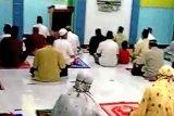 Warga gelar doa bersama untuk keselamatan Kilang Pertamina Cilacap