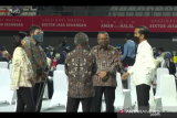 Presiden Jokowi targetkan 100 ribu pelaku jasa keuangan divaksin pekan ini