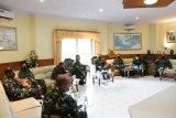 Tim Mabes TNI kunjungi Lantamal VIII Manado