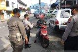 Tak bermasker, 12 warga terjaring razia di Padang Panjang
