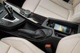 BMW ganti fitur 'wireless charging' akibat krisis chip