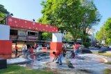 DLH Manado menggelar bersih-bersih Taman Kesatuan Bangsa