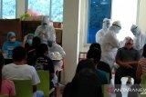 123 karyawan toko modern di Kabupaten Sangihe jalani tes usap PCR