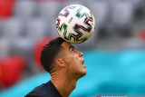 Pavel Nedved tegaskan Cristiano Ronaldo tidak akan kemana-mana musim ini