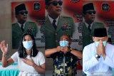 Umat lintas agama memanjatkan doa di kawasan Makam Presiden Soekarno di Kota Blitar, Jawa Timur, Minggu (20/6/2021). Doa lintas agama tersebut dalam rangka jelang peringatan hari wafatnya (Haul) Presiden Soekarno ke-51 pada tanggal 21 Juni. Antara Jatim/Irfan Anshori/zk