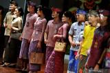 Busana kain tradisional perlu selera global