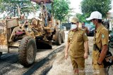 Jalan dalam kota Sampit kembali ditangani darurat