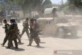 Taliban bunuh manajer radio Afghanistan, menculik wartawan