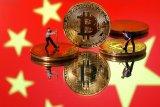 Bitcoin jatuh lebih jauh, China perketat tindakan  keras atas kripto