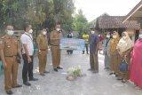 Wabup Pringsewu tinjau pelaksanaan PPKM Mikro di Ambarawa