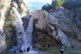 Keeksotikan Air Terjun Dewi Selendang