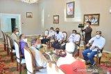 Didukung AMSI, SMSI dan SPS, Gubri instruksikan Satker laksanakan Pergub Mitra Media