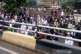 Polisi amakan ratusan simpatisan Rizieq Shihab