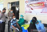 Pemohon SIM dan warga Palangka Raya diberi vaksin COVID-19 gratis