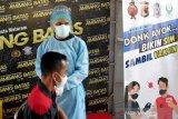 Peserta uji SIM dapatkan vaksin AstraZeneca di Polresta Mataram