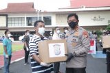 Polda Sulut bagikan 5.050 paket sembako bagi warga kurang mampu