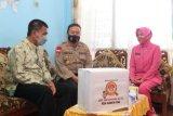 Jelang Hari Bhayangkara ke-75, Polda Kaltara Bagikan Paket Sembako Kepada Masyarakat